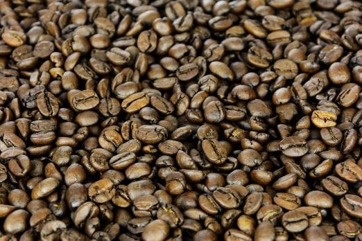 Зерновой кофе Вишня в коньяке в Новосибирске